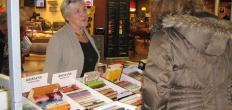 Boekenmarkt met signeren op de Markt