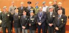 Goudse veteranen ontvangen draaginsigne Nobelprijs VN militairen
