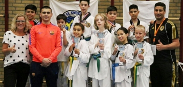 Taekwondo Jeugd Akabbouz schittert in Noord-Brabant