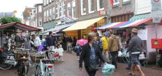 Regenachtige Zomermarkt wordt toch goed bezocht