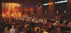 Broeder Taizé-gemeenschap bezoekt de Ark in Reeuwijk