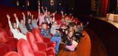 Goudse kinderen spelen in Eftelings 'De Gelaarsde Kat'