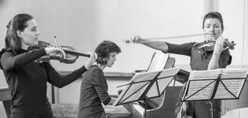 Vr. 22-6: Concert Inguz Violin Duo in de Sint-Janskerk