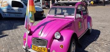 'Ik ben… posters' en regenboogstropdassen voor Goudse ondernemers