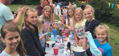 Kinderburgemeester opende Vogelbuurtmarkt