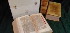 Heruitgave van de Bachbijbel te bewonderen bij Boekhandel Smit
